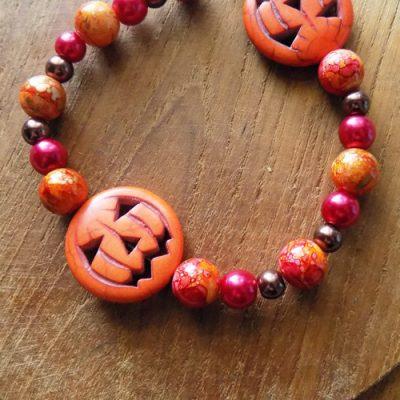 Pretty Spooky DIY Jack-O-Lantern Bracelet