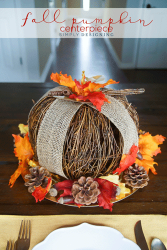 A gorgeous meal deserves a gorgeous table! Before you run out and buy new decorations, check out these DIY projects for a gorgeous Thanksgiving table.