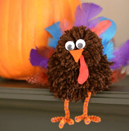 Did November creep up on you this year? These adorable and easy turkey crafts and treats are great projects to get your family in the Thanksgiving spirit!