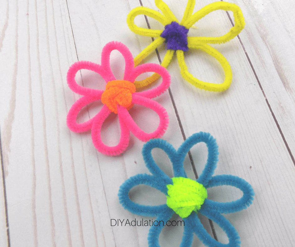 Pipe Cleaner Flowers in Multiple Colors