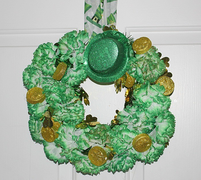 Glittery Green and Gold St. Patrick's Day Wreath