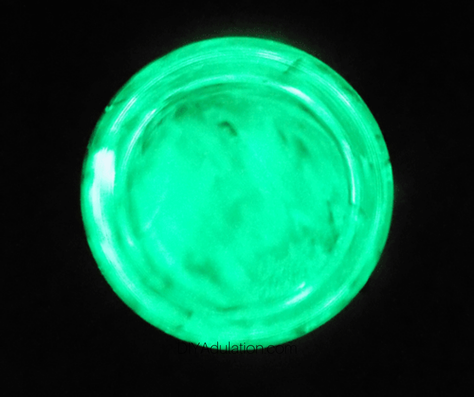 Glow in the Dark Frisbee DIY Easter Basket Stuffer for Kids