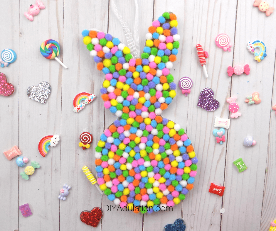 Pompom Bunny with Candy