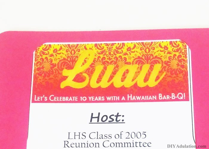 Close Up of Rounded Edges of Luau Paper