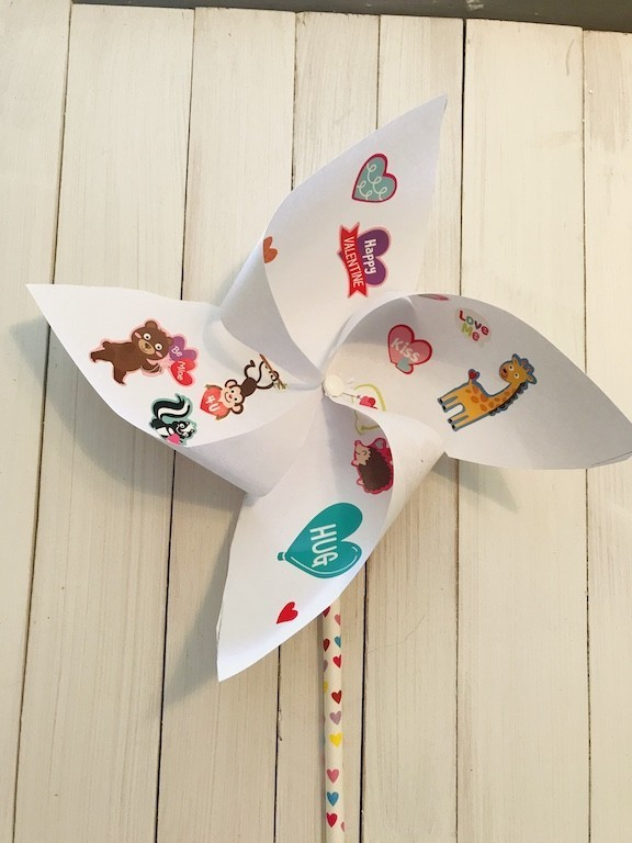 Kid Decorated DIY pinwheel
