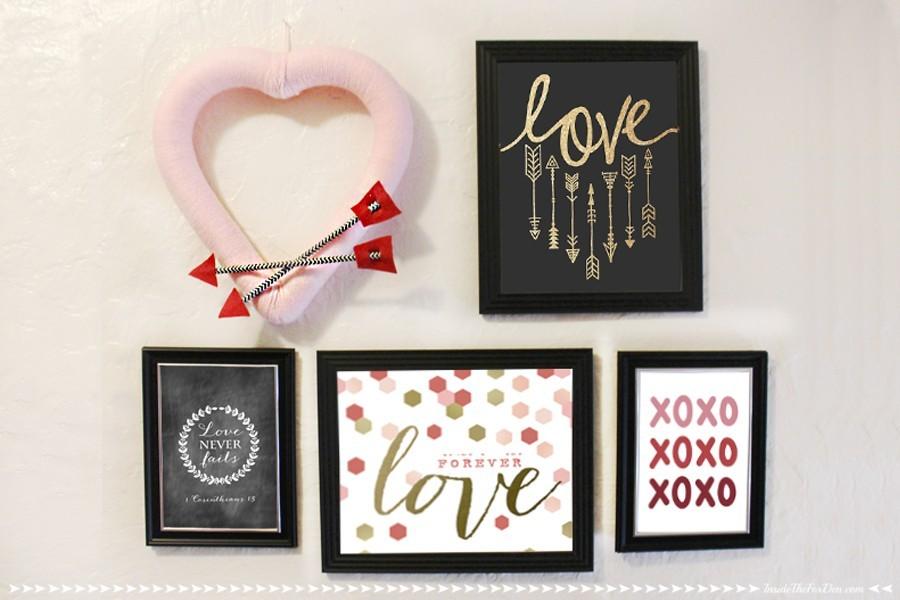 Heart wreath on wall next to Valentine's decor