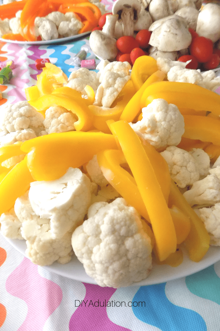 Yellow Bell Pepper and Cauliflower Veggie Tray