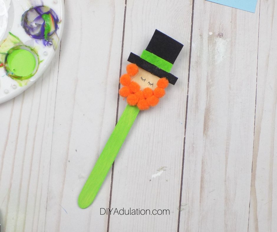 Eyes Drawn on Leprechaun Craft Spoon - DIY Adulation